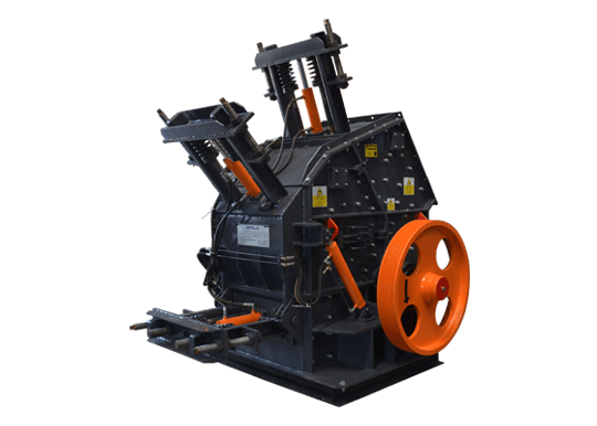 Manufacturer of Crushing and Screening Plants